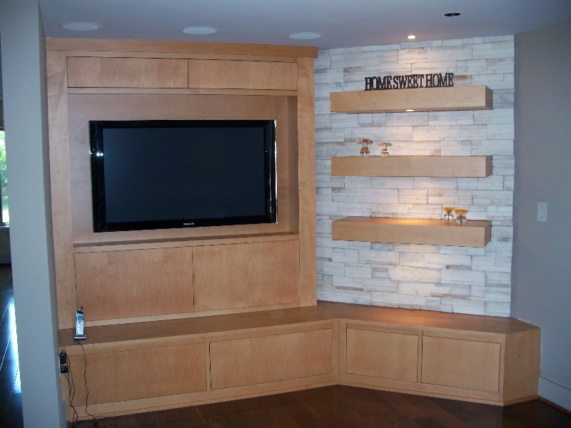Custom Wood Built Ins and Shelves
